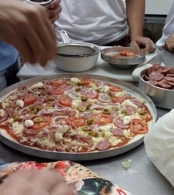 Massa de pizza simples